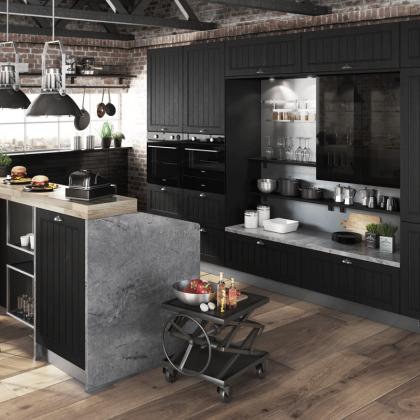 schwarz-Holz-Landhaus